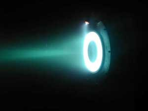 Image of a Hall thruster in operation at Princeton University. (Image: Wikipedia)
