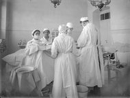 Surgery in the original 20-bed hospital, founded in 1902. (photo credit: Shaare Zedek)