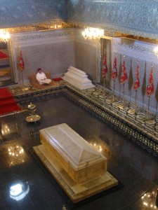 Mohammed V's tomb inside his mausoleum at Rabat (Photo: Rux-ReadyForTomorrow)